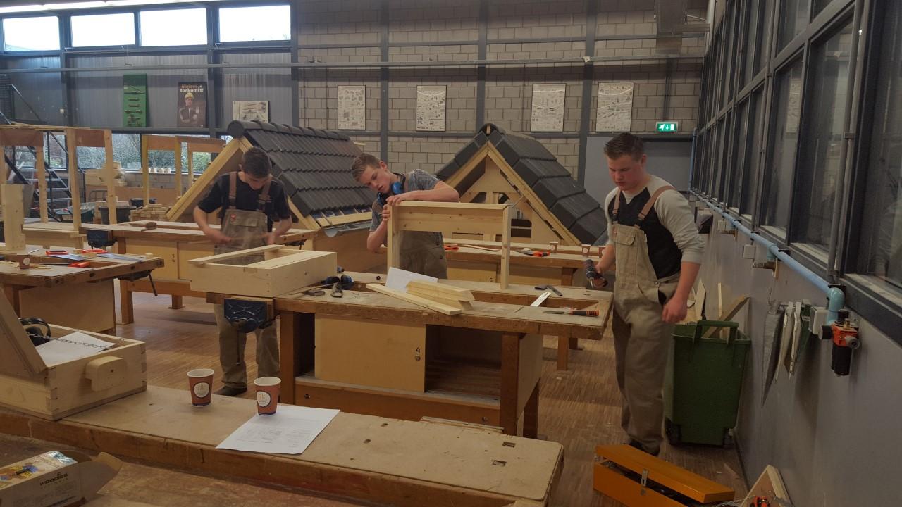 Bouwen wonen interieur leerlingen limburgs kampioen for Bouwen en interieur